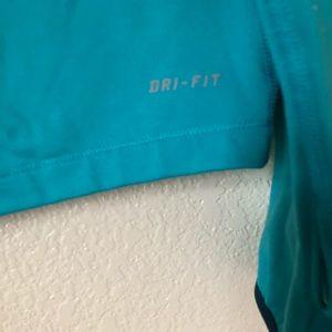 Nike Sweaters - Nike pro dri-fit tip